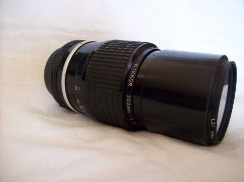 Nikon lens Nikkor 200 mm  1: 4   724541