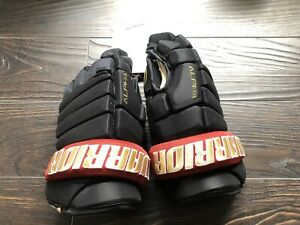 "15"" Warrior Alpha Pro Hockey Gloves"