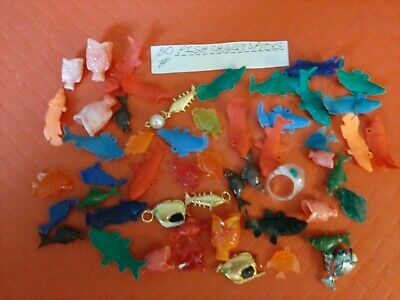 VINTAGE GUMBALL/VENDING/DIME STORE FISH CHARMS/TOYS LOT OF 50