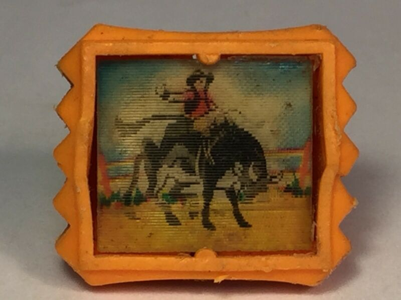 1967 VTG Wiggle Flicker Ring R & L Kellogs Cereal Toy Bucking Bronco Vari Vue