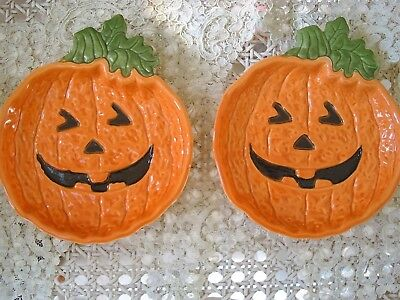 MIDWEST IMPORTERS HALOWEEN TWO CERAMIC PUMPKIN TREAT PLATES**RETIRED**