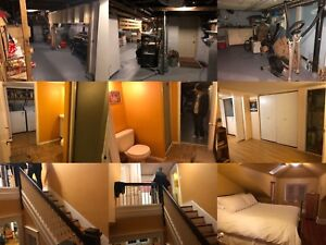 【urgent】roommate needed in 4bed nice house with great location