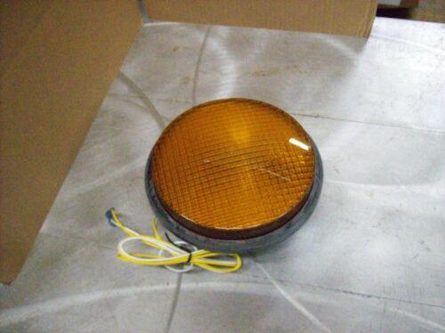 Leotek Traffic Light Lamp YELLOW Color TSL-08Y-LX-IL6-A1-P2