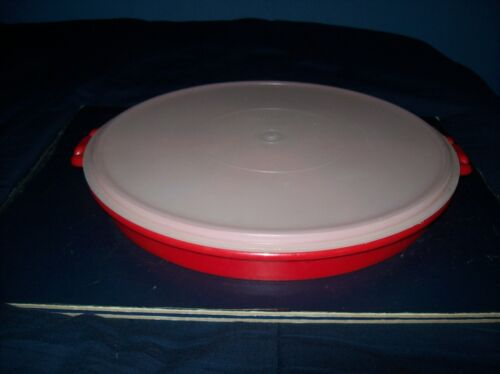 """VINTAGE TUPPERWARE 12"""" ROUND RED DIVIDED VEGGIE CHIP AND DIP TRAY AND LID"""