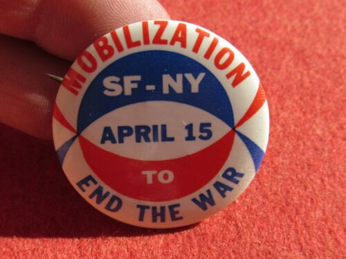 April 15 1967 SMC Mobilization End the War Pin back love Peace Hippie SF-NY
