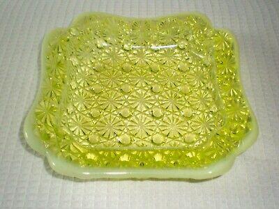 Fenton L.G. Wright Yellow Opalescent Vaseline Uranium Daisy Button Dish Ashtray