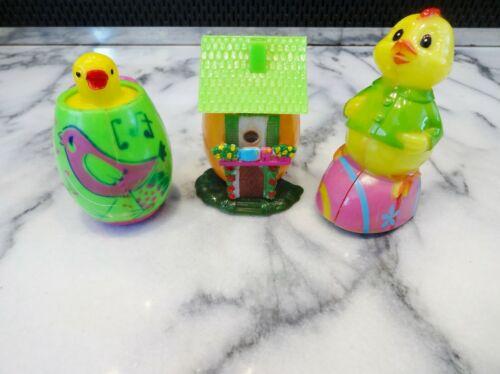Lot 3 Vtg EASTER UNLIMITED PLASTIC Slide Show Egg PopUp Chick Friction Hong Kong
