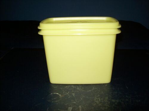 VINTAGE TUPPERWARE YELLOW RECTANGLE STORAGE CONTAINER WITH LID GOOD CONDITION