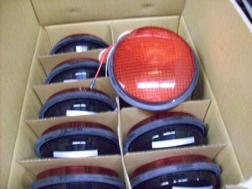 Leotek Traffic Light Lamp RED Color TSL-08R-LX-IL6-A1-P2 CASE OF TEN LAMPS