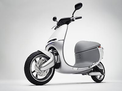 The magic of the smartscooter lies in its replaceable battery