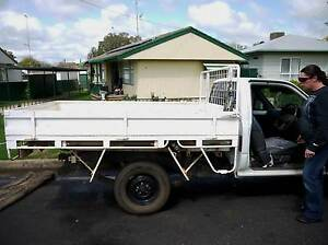 1993 Toyota Hilux Ute 2.4l hydraulic lift tilt tray 1 owner all o Parkes Parkes Area Preview