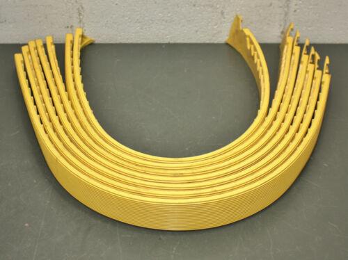 """(7) NoTrax Interlocking Mat Ramp Edging 551F0003YL, Yellow, 2"""" x 3"""
