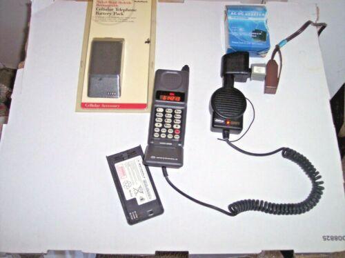 WORKING VINTAGE MOTOROLA  FLIP CELL PHONE PERSONAL COMMUNICATOR ANALOG AMERITECH