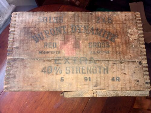 DUPONT Dynamite Red Cross wood box Crate