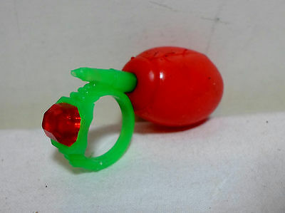 GREEK VTG 70's SQUIRTER PLASTIC WATER DIAMOND RING UNUSED ULTRA RARE B