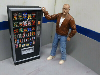 Snack Box Vending Machine  Action Figure Garage Diorama Crawler Dollhouse  1/10