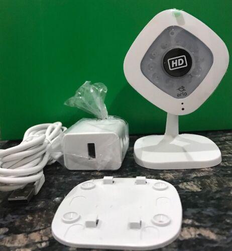 NETGEAR Arlo Q Wi-Fi HD Security Camera White/Black VMC3040-100NAS