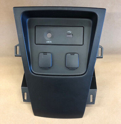 (Ford Explorer Police Center Dash Trim Panel with USB Aux Panel 2013-15)