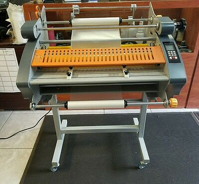 Shark Machinery Sl-26 Hot And Cold Lamination Laminator New