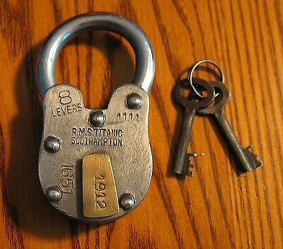 Rms Titanic 1912 Padlock Beautiful Working Model Lock  Use This On Your Boat