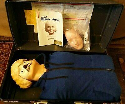 A Laerdal Resusci Anne Adult Torso Cpr Emt Training Nurse Manikin W Case Key