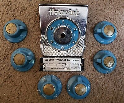 Vintage Hotpoint Electric Stove / Range Knobs Set of 6 Plus signage & vin. plate