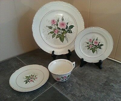 """4 Piece PLACE SETTING-American Limoges China """"CATHY R2 ~Pink Roses~22K Gold"""