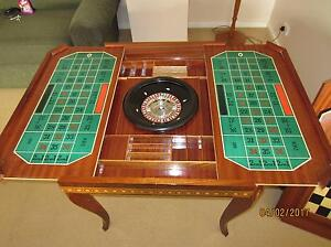 ITALIAN INLAID MARQUETRY GAME /CASINO TABLE, City Beach Cambridge Area Preview