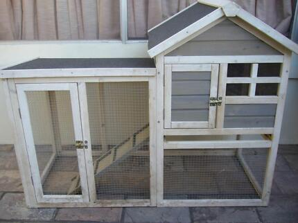 Guinea Pig Hutch Sylvania Waters Sutherland Area Preview