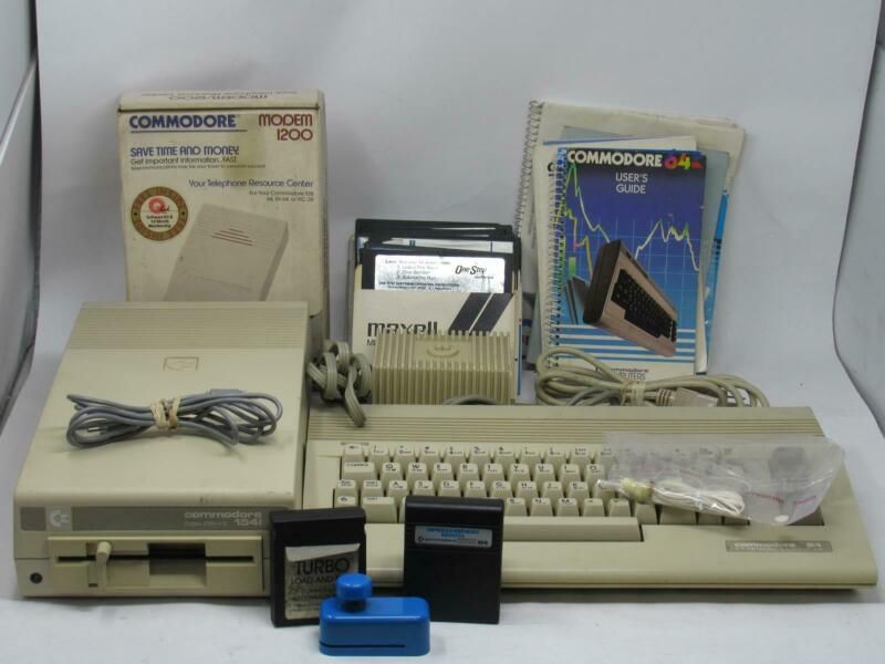 COMMODORE 64 W/ 1541 DISKDRIVE AND ACCESSORIES Powers Up! Free Shipping!