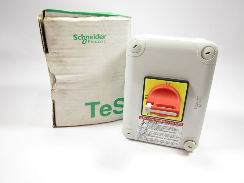 New Schneider Electric VC2GUN Emergency Stop Main Switch In IP55 Enclosure