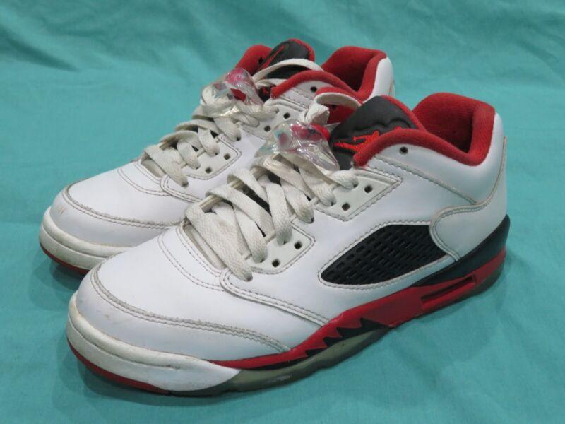 chaussures nike jordan rouge blanc noir