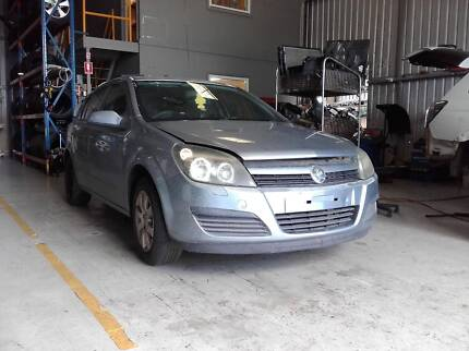 Holden astra 2005 ah auto wrecking for parts wrecking gumtree 2005 holden astra ah 18l wrecking for parts fandeluxe Gallery