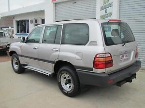 2000 Toyota LCruiser Wagon - 5 Months Rego & Dual Fuel Tanks Hyde Park Townsville City Preview