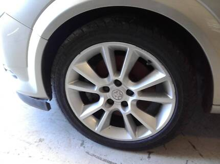 Holden Astra Coupe AH 04-09 Wheel and Tyre Package