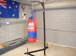 PUNCHING BAG WITH STAND , EXCELLENT CONDITION Murray Bridge Murray Bridge Area Preview