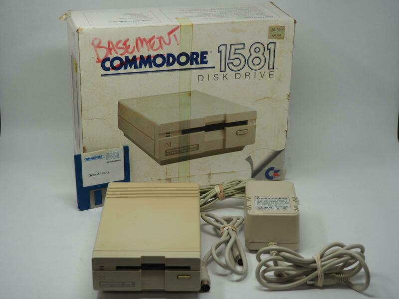 Vintage COMMODORE 1581 W/ BOX, CABLES AND POWER SUPPLY Powers Up! Free Shipping!