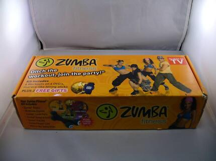 ZUMBA FITNESS KIT 6 WORKOUTS ON 4 DVDS PLUS 2 TONING STICKS