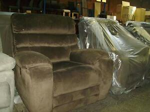 1 ELECTRIC RECLINER IN CHOC VELVET SUEDE Thebarton West Torrens Area Preview