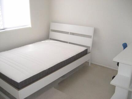 WEST END NEWLY FURNISHED SINGLE BEDROOM WITH DOUBLE BED FOR RENT