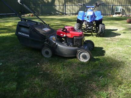 Honda lawn mower Andrews Farm Playford Area Preview