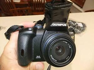 Olympus e520 DSLR – 3 Lenses, flash and 781 shutter count! Maida Vale Kalamunda Area Preview