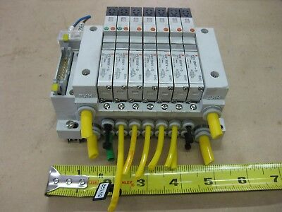 Smc Pneumatic Pcw Type Valve Bank Lot Vq1100y-5 24vdc 7 Solenoid Valves Manifold