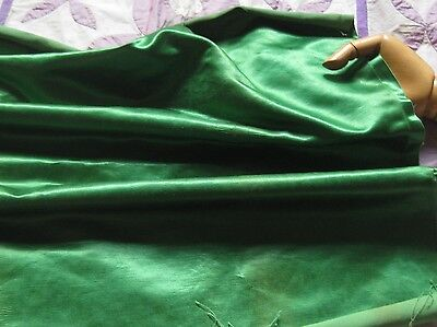 "ANTIQUE Lush GORGEOUS Emerald GREEN SILK FACE COTTON SATIN REMNANT 23""W x 23"""