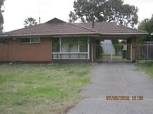 neat 3x1 from $355pw pets n homewest bond CONSIDER. WALK TO TRAIN Gosnells Gosnells Area Preview