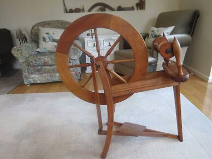 Spinning wheel and accessories