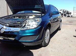 Holden Astra AH 2007 wrecking for parts Neerabup Wanneroo Area Preview