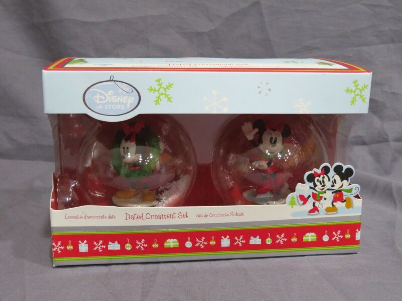 Brand New Disney Store 2011 Mickey /& Minnie Mouse Dated Christmas Ornament Set