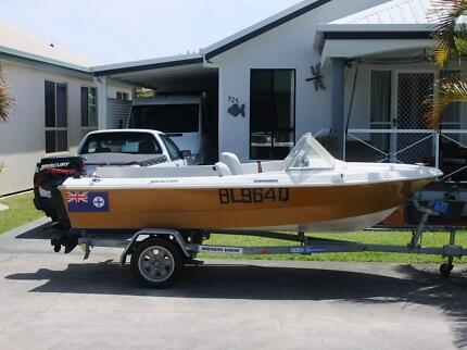 4 metre fibreglass boat Bongaree Caboolture Area Preview