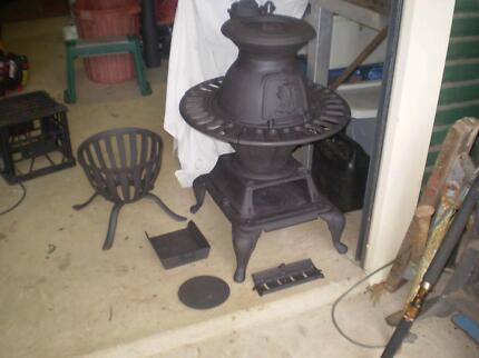 POT  BELLY  STOVE  /  WOOD  HEATER  CAST  IRON  VGC Rosemount Maroochydore Area Preview